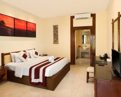 Grand_Istana_Rama_Hotel-Superior_Ground-Bedroom_1A