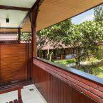 Grand_Istana_Rama_Hotel-Superior_Upper-Balcony_1