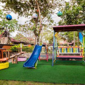 Grand_Istana_Rama_Hotel-Warunk_Cuci_Mata-Playground