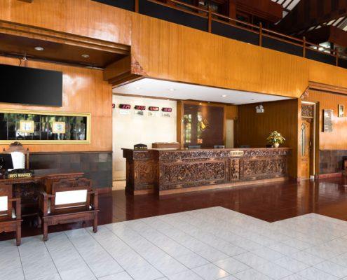 Grand_Istana_Rama_Hotel-Lobby_4